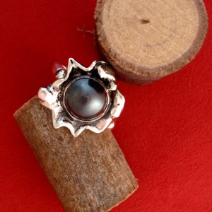 Zilveren ring met hemathiet